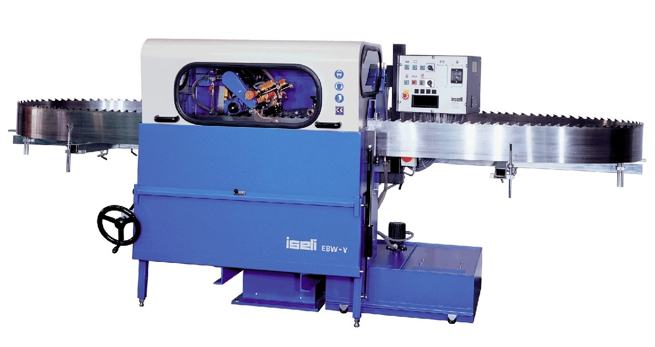 Iseli machine with blade