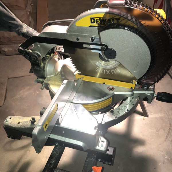 dewalt miter saw with luxite crosscut blade